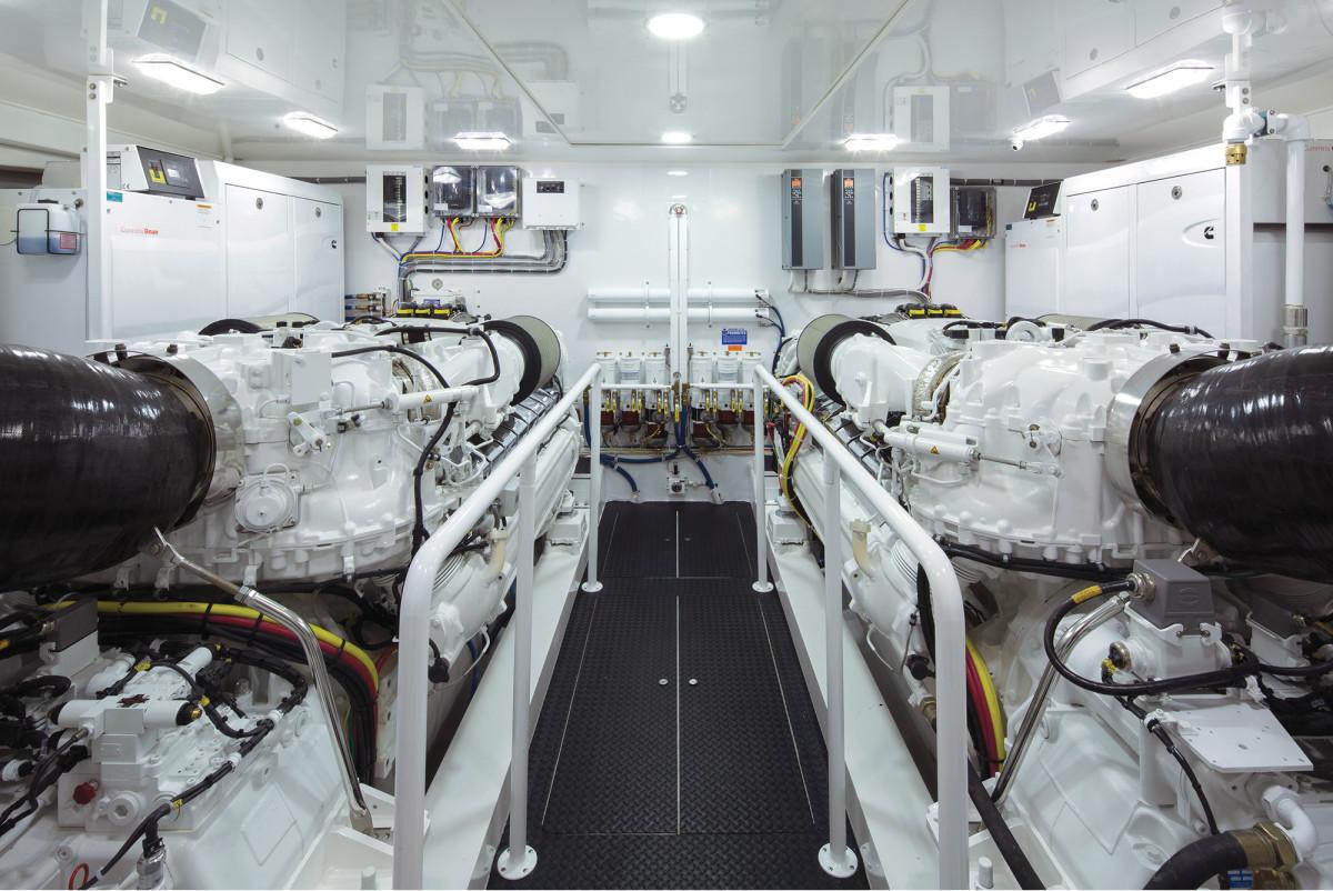 v-viking-92-engine-room